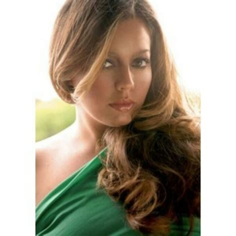plus size hair models gorgeous long hair on a plus size model big girls are