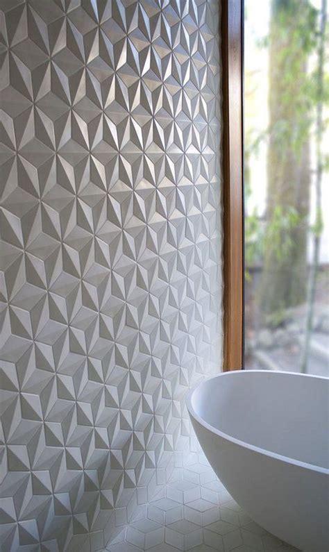 master badezimmerdusche fliesen ideen badezimmer fliesen mit geometrischer struktur
