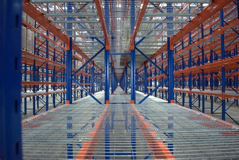 dandenong melbourne warehouse cantilever pallet racking