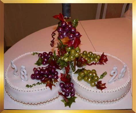 Sugar art grape cake decoration for wine lovers   Vineyard