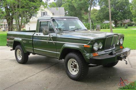 J10 Jeep 1984 Jeep J10 Bed 360 V8 4x4 Auto Air