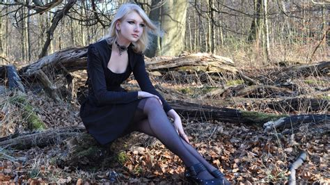blondes women models gothic white hair maria amanda