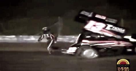 tony stewart sprint car crash tony stewart kills kevin ward in sprint car graphic footage