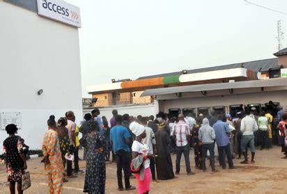 Access Mba Lagos by Vanguard Newspaper Nigeria Photos Queues At Atm