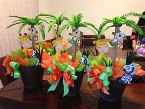 jungle centerpieces for baby shower safari baby shower centerpieces jantalflowers safari