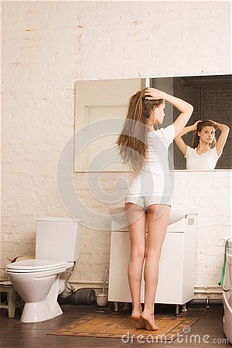 girl in the bathroom pics beautiful girl in the bathroom royalty free stock images