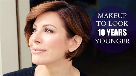 10 Tricks To Look Younger Instantly by Simple Makeup Tips To Look 10 Years Younger