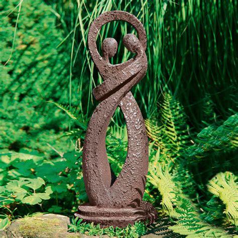 gartenskulpturen holz garten skulptur harmonie g 228 rtner p 246 tschke