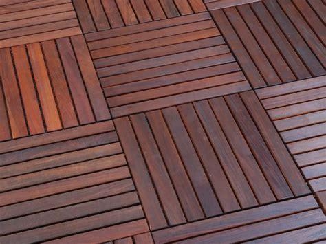 wood flooring   outdoors