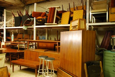 how to find the right artifact in a furniture store in ca
