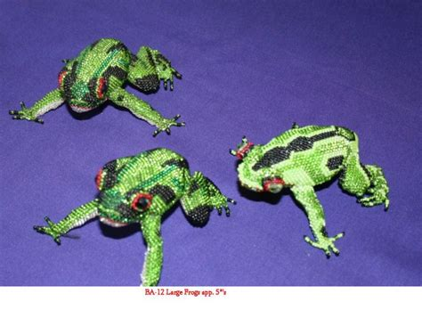 the beaded frog large beaded frog frogs frog crafts and beaded animals