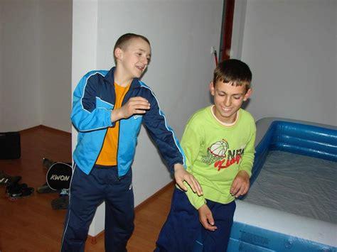 azov films boy fights sticky water wiggles boys 9 ru images usseek com