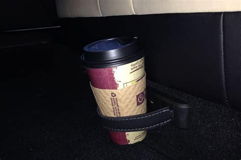 Tesla Cup Holders 2013 Tesla Model S Cupholder Photo 5