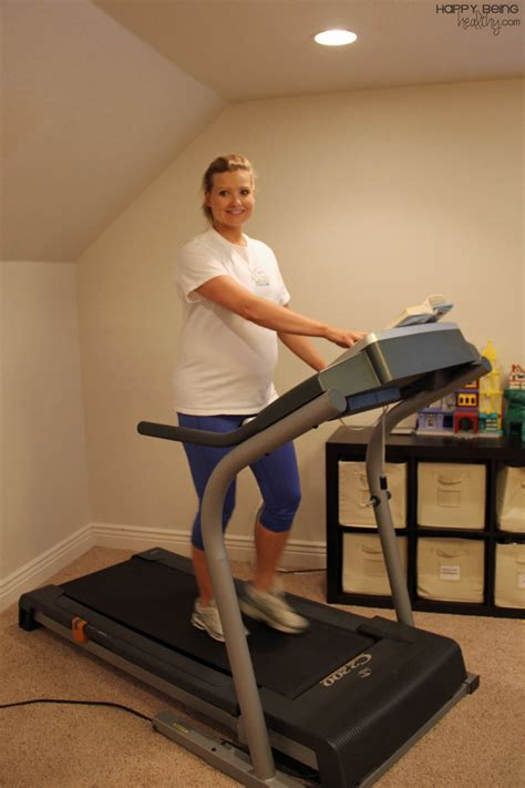 how to to walk on treadmill exercise while happy being healthy