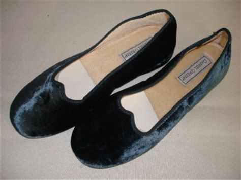 daniel green bedroom slippers daniel green nina women s velvet bedroom slippers house shoes ebay