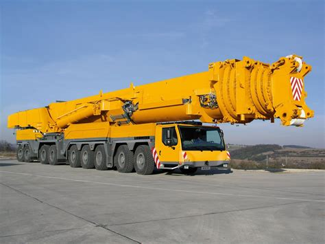 crane mobile the most powerful mobile crane in the world liebherr ltm