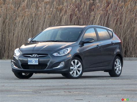 2013 hyundai accent change 2013 hyundai accent gls 5 door car news auto123