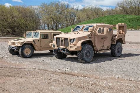 humvee replacement oshkosh jltv first drive review motor trend canada