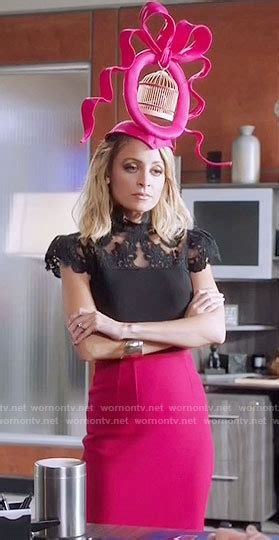 portia s wornontv portia s black lace top and pink skirt on great news nicole richie clothes and