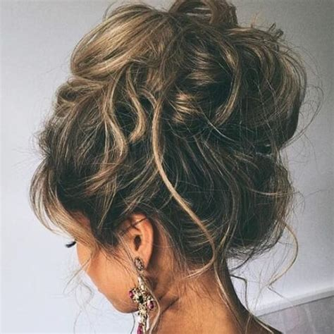 messy updo for long hair that take 5 minutes messy updos for long hair www pixshark com images