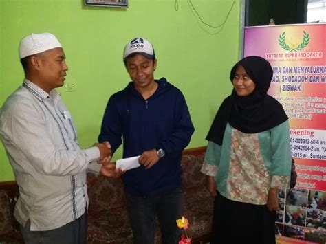 pendirian yayasan di indonesia komunitas sedekah yuk berbagi untuk anak anak di yayasan