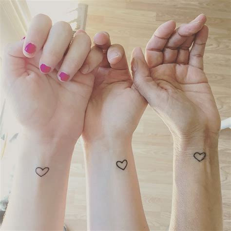 25 sister tattoo ideas to show your bond veriy