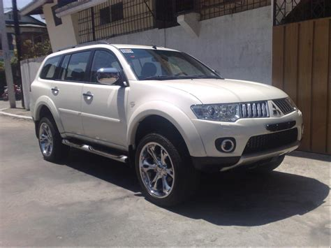 white mitsubishi montero mitsubishi montero price modifications pictures moibibiki