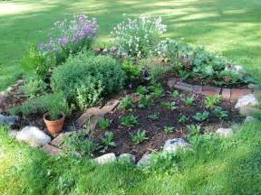 herb gardens gardenfarming little kitchen herb garden