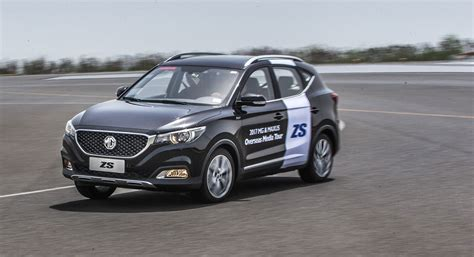 crossover cars 2017 2017 mg zs crossover prototype early review by car