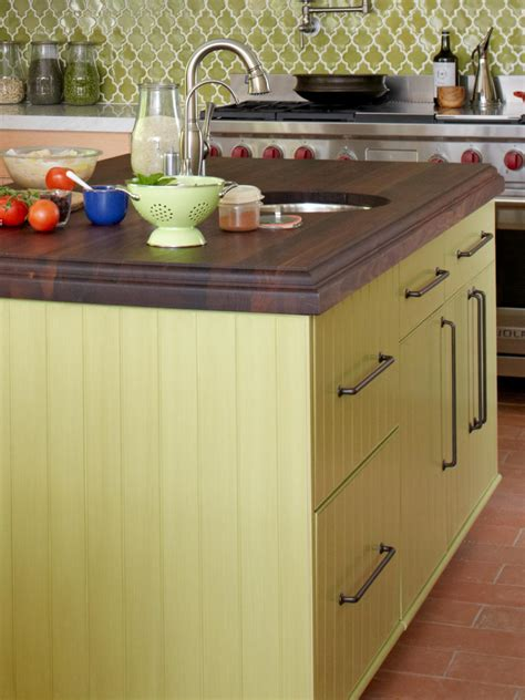 popular paint colors for kitchens popular kitchen paint colors pictures ideas from hgtv