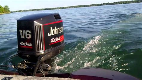 fast outboard boats youtube johnson fast strike 1 youtube