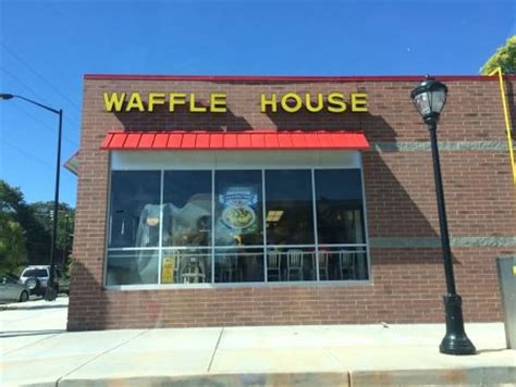 waffle house 280 waffle house towne lake 28 images house on the lake serves up best views in town