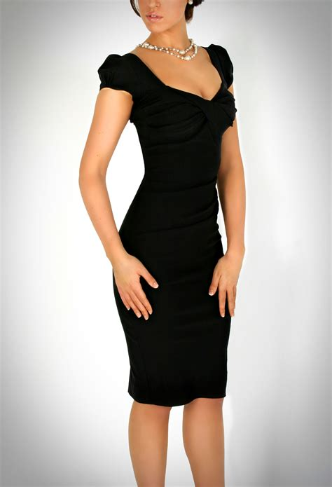 fitted dresses 01 cap sleeve fitted bodice dress emilio coco s