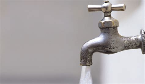 What Is Water Faucet by Traditional Water Faucet Tapwater The Daily Sheeple