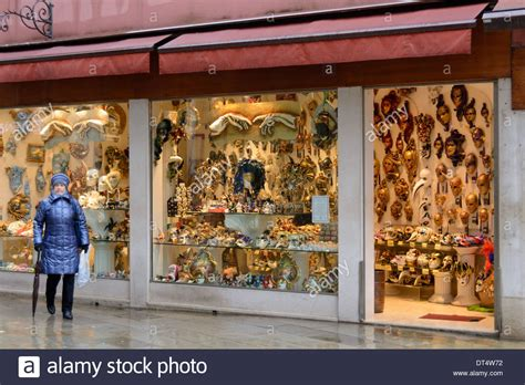 Masker Shop venice italy venetian mask shop for carnival in venice