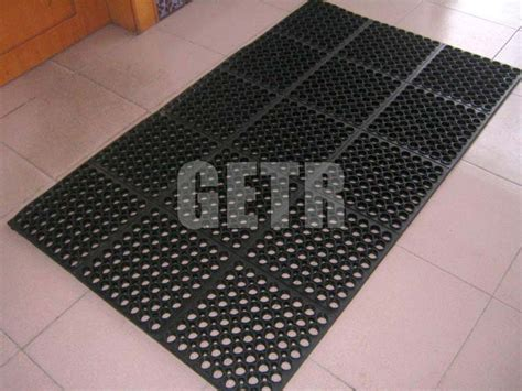 Rubber Mat Company by Hollow Rubber Mats Manufacturer Supplier In Uae