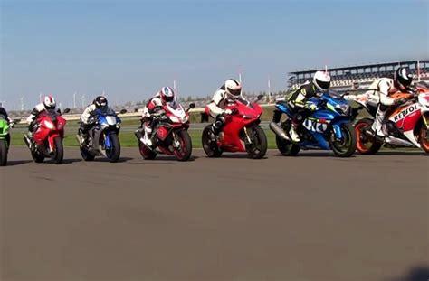 Reifendruck Motorrad Supersportler by Testbericht Vergleichstest Superbikes 2015 1000ps De