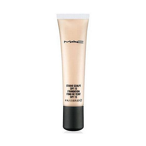 Mac Cosmetics Studio Fluid Foundation mac cosmetics studio sculpt liquid foundation 40ml debenhams