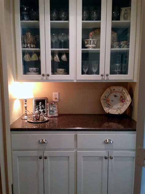 Butler Pantry Pictures by Butler S Pantry Blues Before After A Nester S Nest