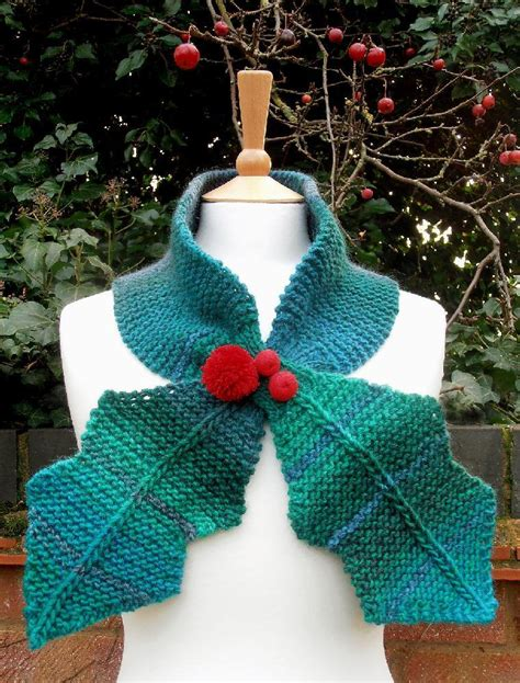 Holly Knitting Pattern