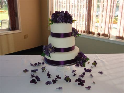 cakes by alissa purple themed wedding cake july 2011