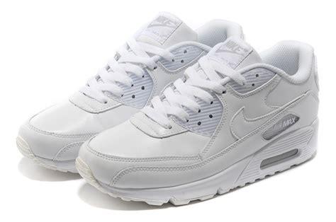 Sepatu Sport Casual Wanita Nike Air Max 90 nike air max 90 classic running shoes in white casual sports shoes