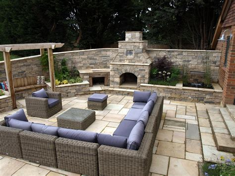 garden fire pits and garden fireplaces and chimneys ideas landscape garden designers reading