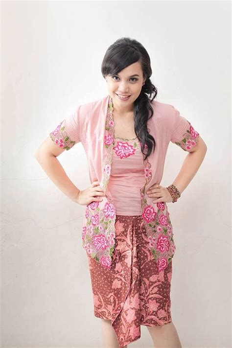 1000 images about fashion peranakan costumes on