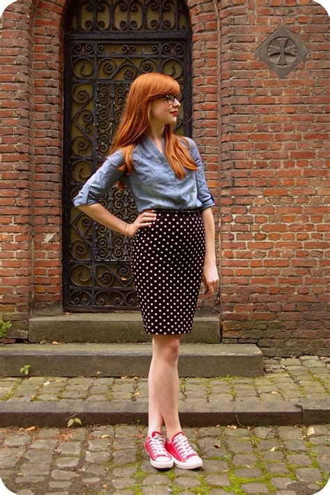 pencil skirt and converse converse and skirt