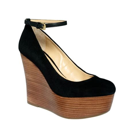 report platform wedges in black lyst