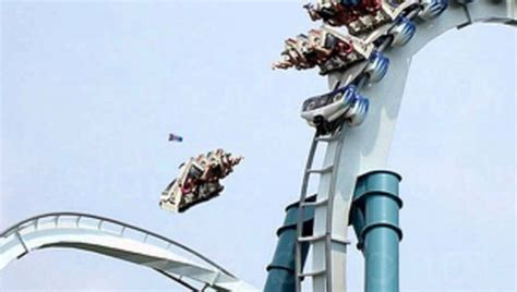 theme park fatalities 12 most terrifying theme park accidents in the world youtube