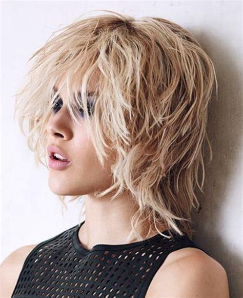 shoulder length hairstyles with long chin lenghth pieces in front 1000 ideas about medium choppy hairstyles on pinterest