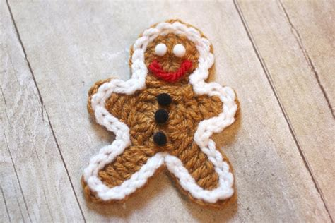 crochet pattern gingerbread man crocheted gingerbread man cookie pattern repeat crafter me
