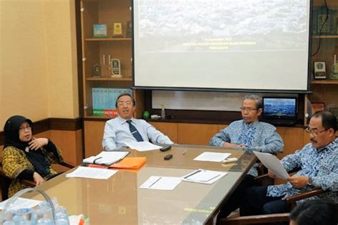 Hukum Dan Hubungan Internasional Jawahir Thontowi Uii Press 1 fakultas hukum uii kecam kejahatan genosida di myanmar universitas islam indonesia